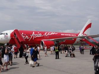03 AirAsia plane arrival