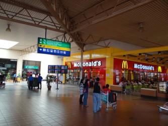08 LCCT McDonalds