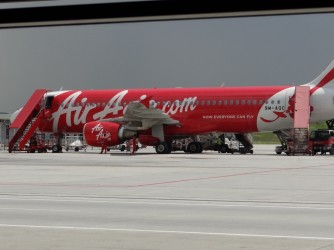 24 AirAsia Now Evryone can Fly!