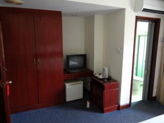 18 Room Lanai Beach
