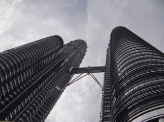 04 Petronas Twin Towers