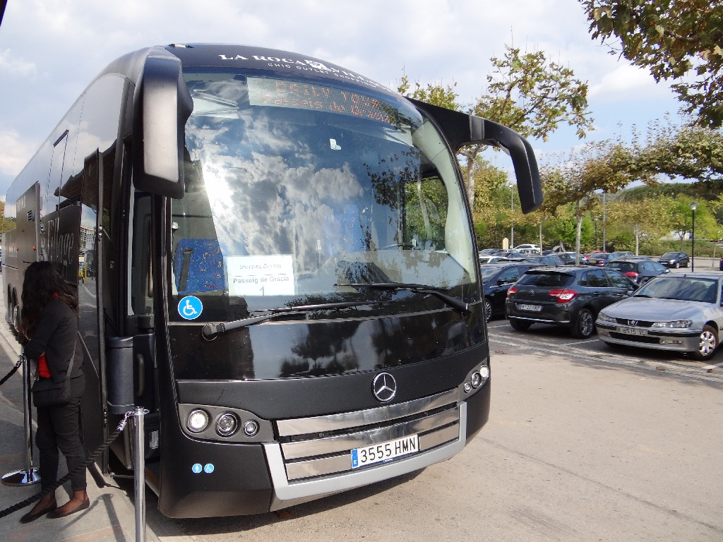 Outlet La Roca Villige bus