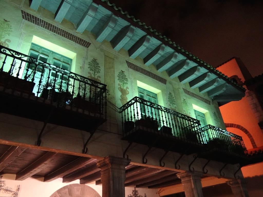 Pueblo Español balcone