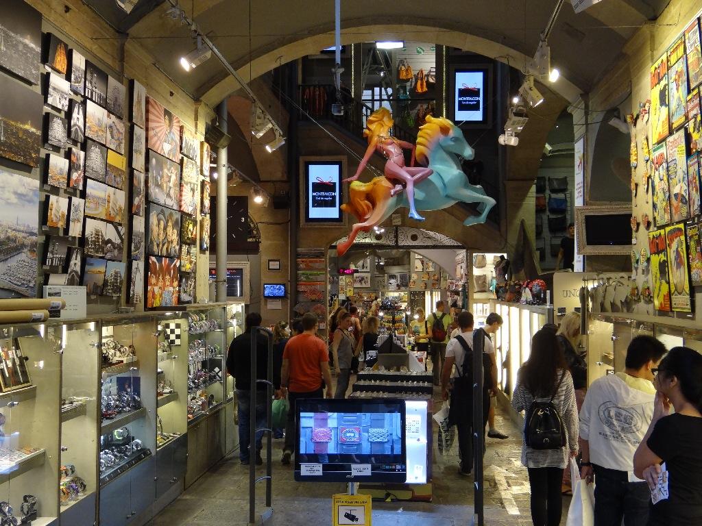 Rambla souvenir shop