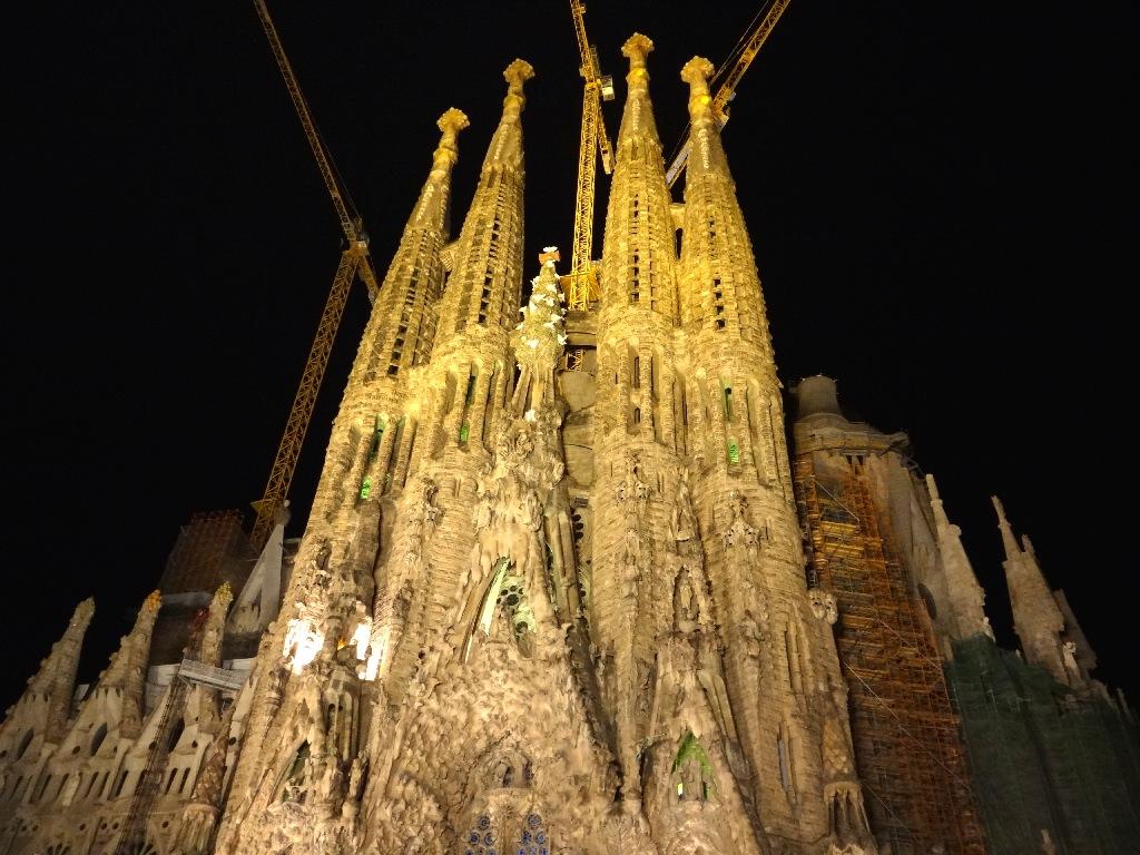 Sagrada Família night