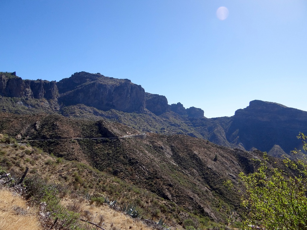 Gran Canaria road in mountain