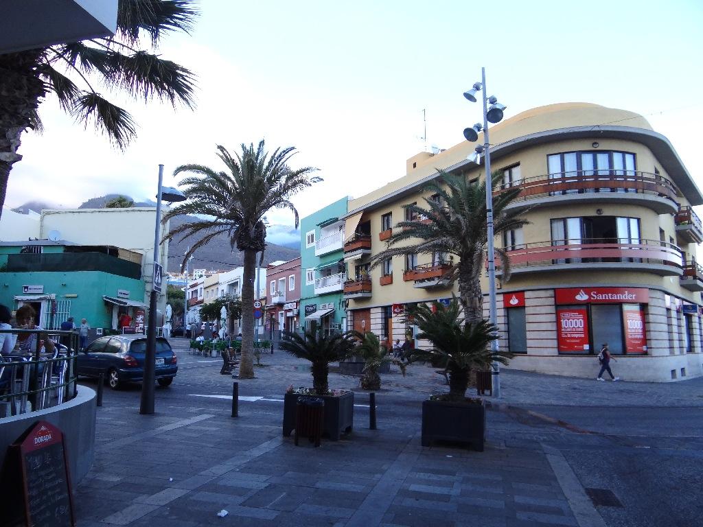 Santa Ana street