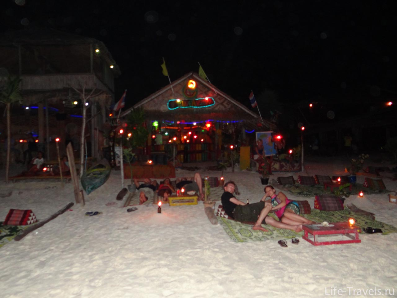 Koh Lipe night cafe