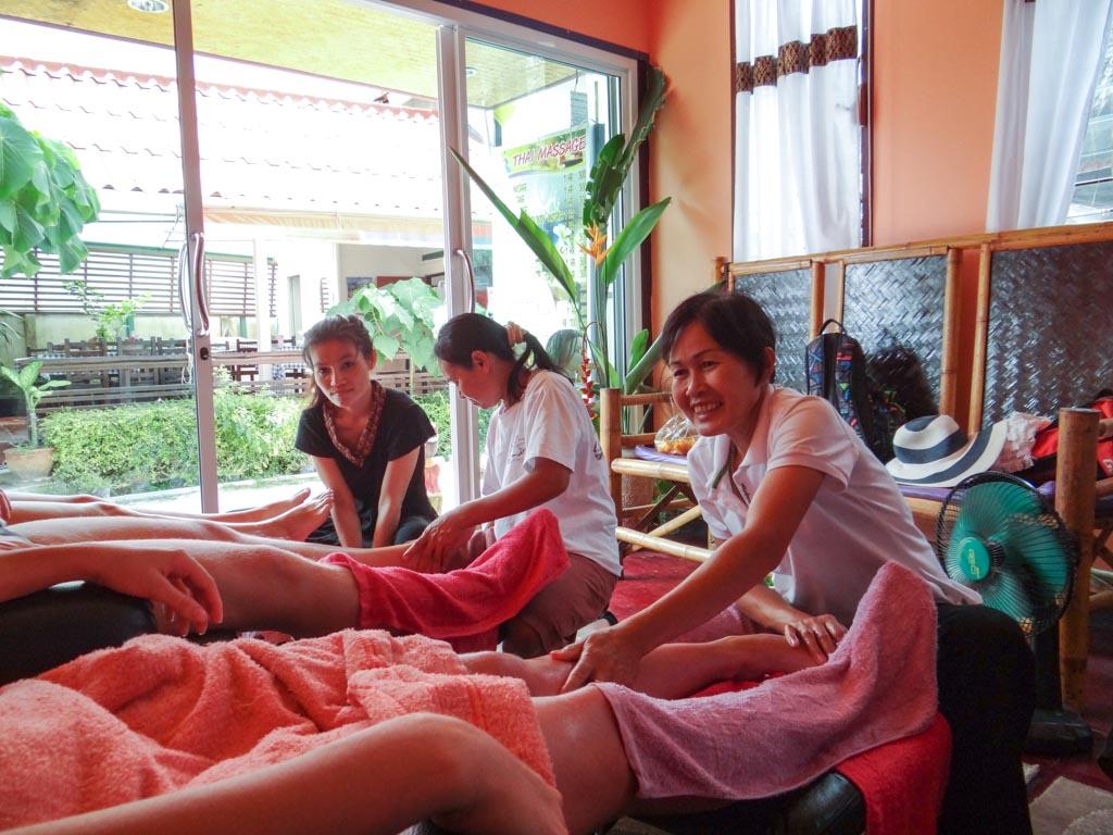 Таиский массаж на острове